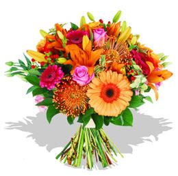 Gölbaşı anneler günü çiçek yolla  Karisik kir çiçeklerinden görsel demet