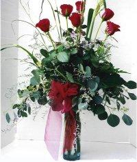 Gölbaşı çiçekçi güvenli kaliteli hızlı çiçek  7 adet gül özel bir tanzim