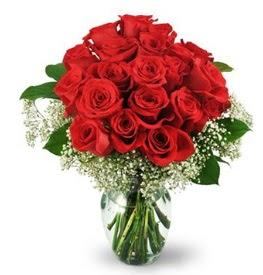 25 adet kırmızı gül cam vazoda  Gölbaşı çiçek online çiçek siparişi