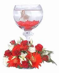 Ankara Gölbaşındaki çiçekçiler ankara çiçek satışı  Kadehte estetik aranjman