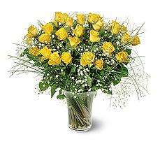 Gölbaşı çiçekçi güvenli kaliteli hızlı çiçek  15 adet sarigül mika yada cam vazoda