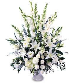 Gölbaşı ankara çiçek gönderme sitemiz güvenlidir  saf temiz sevginin gücü çiçek modeli