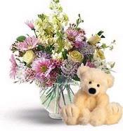 Gölbaşı Ankara çiçek yolla  cam yada mika vazoda çiçekler ve oyuncak