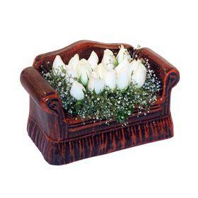 seramik içerisinde 11 gül  ankara Gölbaşı çiçek mağazası , çiçekçi adresleri