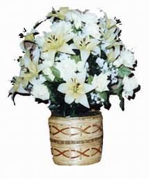 yapay karisik çiçek sepeti   Gölbaşı çiçekçiler  çiçek siparişi sitesi