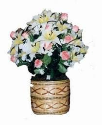 yapay karisik çiçek sepeti   Çiçekçi Gölbaşı çiçekçi mağazası