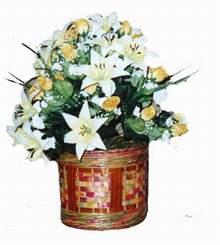 yapay karisik çiçek sepeti   Ankara Gölbaşı çiçek gönderme