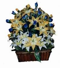 yapay karisik çiçek sepeti   Ankara Gölbaşı 14 şubat sevgililer günü çiçek