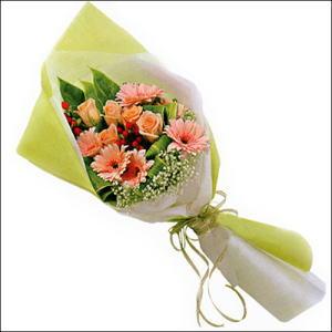 sade güllü buket demeti  Gölbaşı çiçek kaliteli taze ve ucuz çiçekler