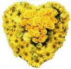 kalp biçiminde sevgisel   Gölbaşı anneler günü çiçek yolla
