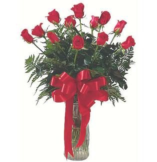 12 adet gül cam içerisinde  Ankara Gölbaşı çiçek gönderme