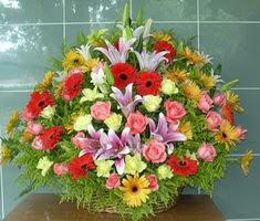devasa bir mevsim sepeti  Gölbaşı Ankara çiçek yolla