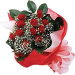 Gölbaşı çiçek siparişi yurtiçi ve yurtdışı çiçek siparişi  KIRMIZI AMBALAJ BUKETINDE 12 ADET GÜL