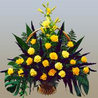 Gölbaşı çiçekçiler  çiçek siparişi sitesi  17 adet sari gül ve sari kir çiçekleri
