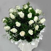 ankara Gölbaşı çiçek mağazası , çiçekçi adresleri  11 adet beyaz gül buketi ve bembeyaz amnbalaj