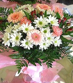 ankara Gölbaşı çiçek mağazası , çiçekçi adresleri  karma büyük ve gösterisli mevsim demeti