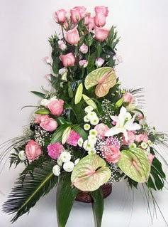 Gölbaşı ankara çiçek servisi , çiçekçi adresleri  özel üstü süper aranjman