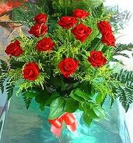 12 adet gül buketi  Gölbaşına çiçek , çiçekçi , çiçekçilik