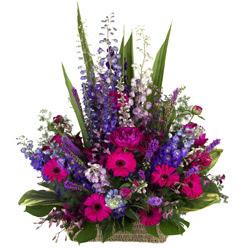 karisik mevsim çiçeklerinden sepet tanzimi   Ankara Gölbaşındaki çiçekçiler ankara çiçek satışı