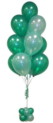 Sevdiklerinize 17 adet uçan balon demeti yollayin.   Ankara Gölbaşı hediye sevgilime hediye çiçek