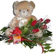 Gölbaşı ankara çiçek gönderme sitemiz güvenlidir  5 adet gül , mum ve ayicik sevdiklerinize özel