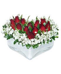 Gölbaşı çiçek yolla , çiçek gönder , çiçekçi   mika kalp içerisinde 9 adet kirmizi gül
