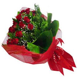 Çiçek yolla Gölbaşı internetten çiçek satışı  12 adet kirmizi essiz gül buketi - SEVENE ÖZEL