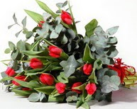 Ankara Gölbaşı hediye sevgilime hediye çiçek  11 adet kirmizi gül buketi özel günler için
