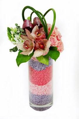 Gölbaşı çiçek siparişi yurtiçi ve yurtdışı çiçek siparişi  3 kandil orkide 7 adet gül cam yada mika vazoda