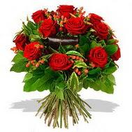 9 adet kirmizi gül ve kir çiçekleri  Gölbaşı çiçek siparişi yurtiçi ve yurtdışı çiçek siparişi
