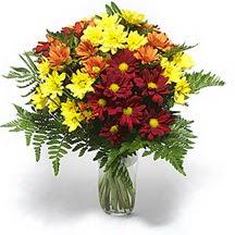 Gölbaşı çiçekçi güvenli kaliteli hızlı çiçek  Karisik çiçeklerden mevsim vazosu