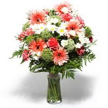 Gölbaşı çiçek yolla online çiçekçi , çiçek siparişi  cam yada mika vazo içerisinde karisik demet çiçegi