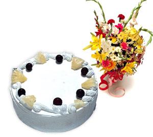 4 -6 kisilik Yaspasta ve karisik buket  Gölbaşı çiçek siparişi yurtiçi ve yurtdışı çiçek siparişi