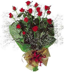11 adet kirmizi gül buketi özel hediyelik  Gölbaşı çiçek kaliteli taze ve ucuz çiçekler