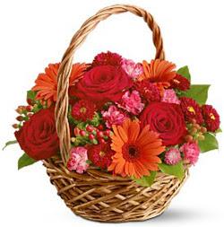 Karisik mevsim çiçeklerinden sepet tanzim  Gölbaşı çiçek siparişi yurtiçi ve yurtdışı çiçek siparişi