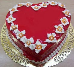 kalp biçiminde yas pasta özel kisilere  Ankara Gölbaşı çiçek gönderme