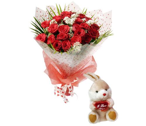 10 adet kirmizi gül ve hediye pelus oyuncak  Gölbaşı çiçekçi telefonları