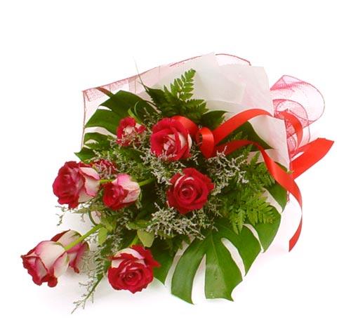 çiçek gönder 7 adet kirmizi gül buketi  Çiçek yolla Gölbaşı internetten çiçek satışı