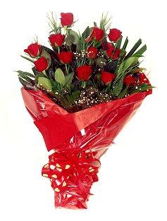 12 adet kirmizi gül buketi  Gölbaşı çiçek yolla online çiçekçi , çiçek siparişi