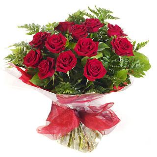 Ucuz Çiçek siparisi 11 kirmizi gül buketi  Ankara Gölbaşı hediye çiçek yolla