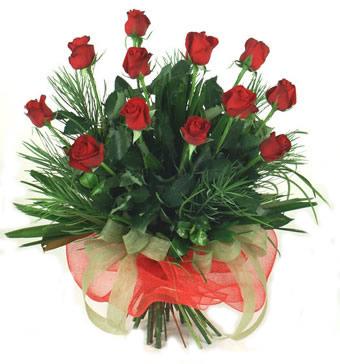 Çiçek yolla 12 adet kirmizi gül buketi  çiçek siparişi Gölbaşı çiçekçiler