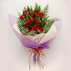 çiçekçi dükkanindan 11 adet gül buket  Gölbaşı çiçek kaliteli taze ve ucuz çiçekler