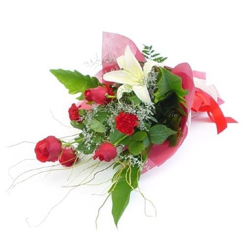 Mevsim çiçeklerinden karisik buket  Gölbaşı Ankara çiçek yolla
