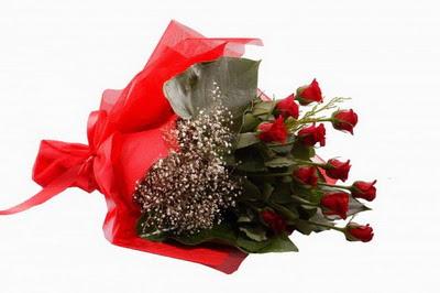 Gölbaşı çiçekçi güvenli kaliteli hızlı çiçek  11 adet kirmizi gül buketi çiçekçi