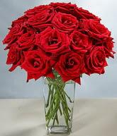 Gölbaşı çiçek kaliteli taze ve ucuz çiçekler  cam vazoda 11 kirmizi gül  Gölbaşı ucuz çiçek gönder