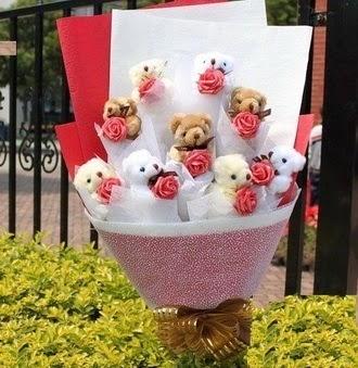 Ankara çiçekçi Gölbaşı İnternetten çiçek siparişi  9 adet ayicik ve 9 adet yapay gül