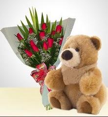 12 adet yapay gül ve 40 cm civarinda ayi  Ankara çiçekçi Gölbaşı İnternetten çiçek siparişi