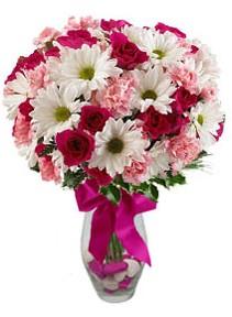 Gölbaşı çiçekçi güvenli kaliteli hızlı çiçek  Karisik mevsim kir çiçegi vazosu