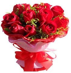9 adet kirmizi güllerden kipkirmizi buket  Gölbaşı çiçek yolla online çiçekçi , çiçek siparişi