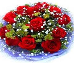 9 adet kirmizi güllerden buket  Gölbaşı anneler günü çiçek yolla
